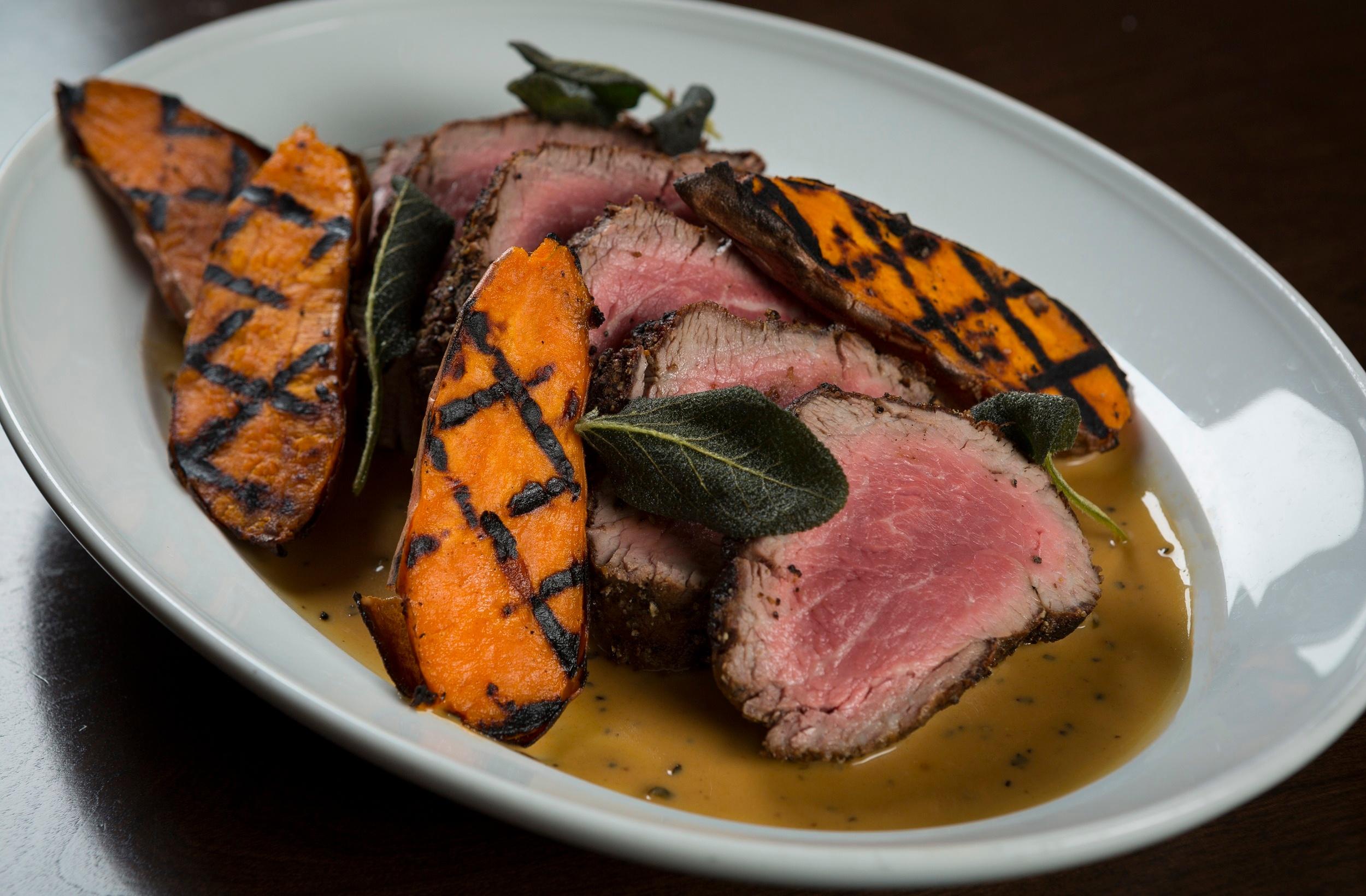 MB Steak_Chataeubriand_Thanksgiving_Jim Decker_PRESS2