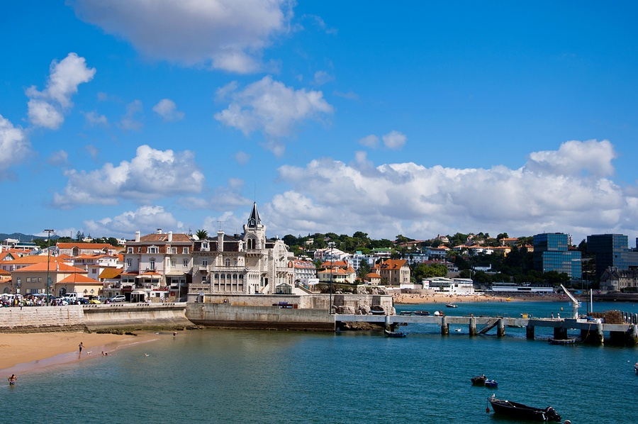 Take A Private Aircraft Charter in Las Vegas to Faro, Portugal.jpg