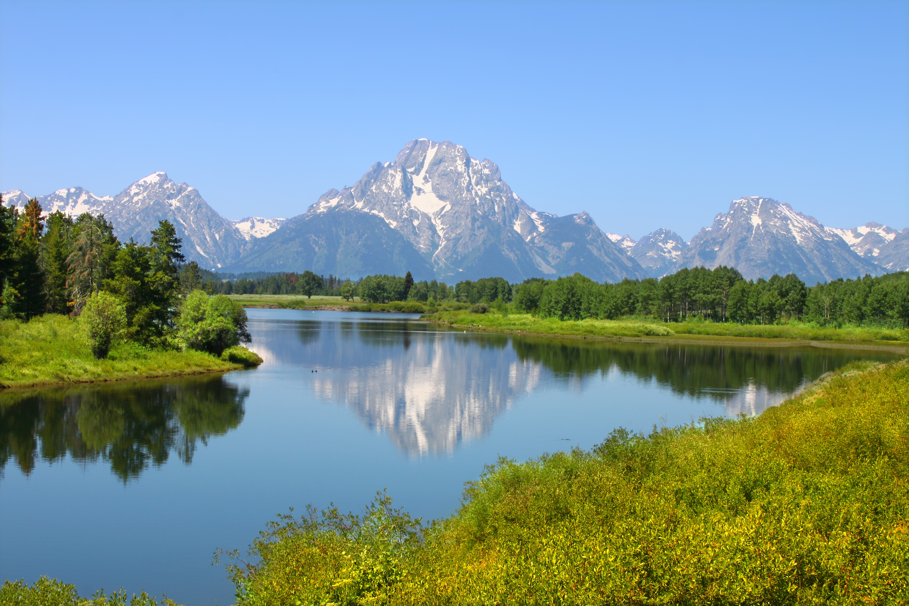 bigstock-Snake-River-And-Grand-Tetons-29872160