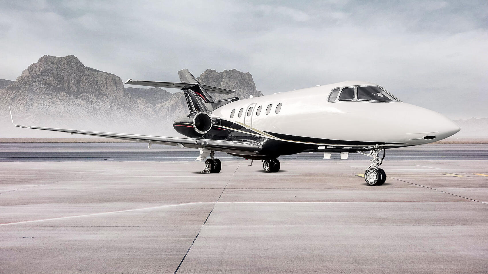 Hawker900XP_SR