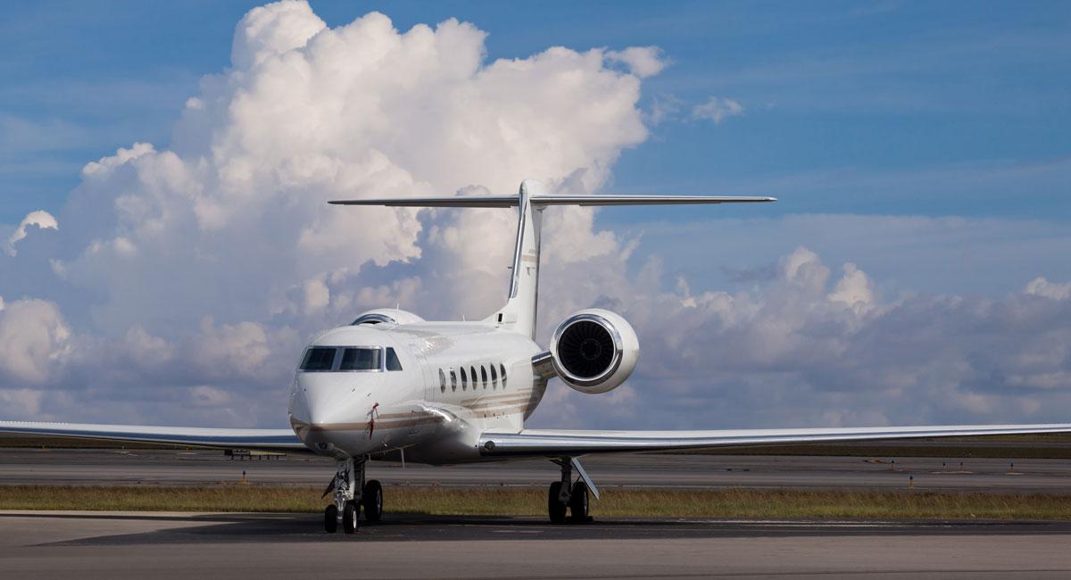 private-jet-charter-company-in-las-vegas.jpg